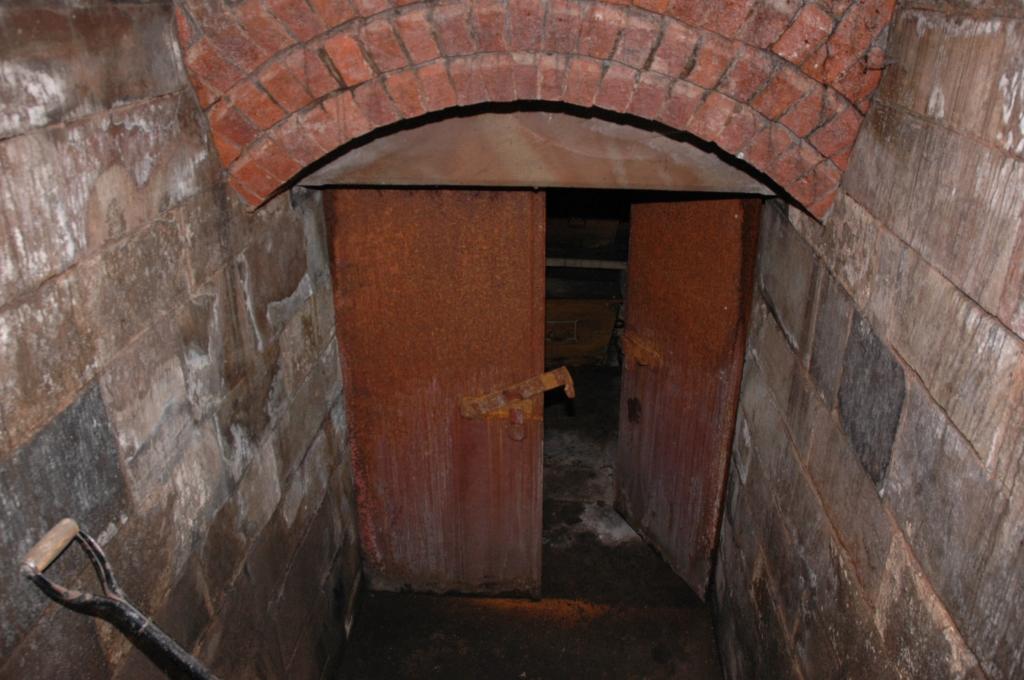 church crypt 043