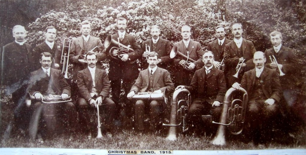 Christmas Band 1915